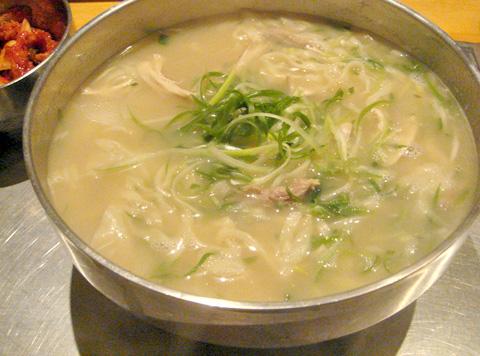 Korean chicken noodle soup - photo#3